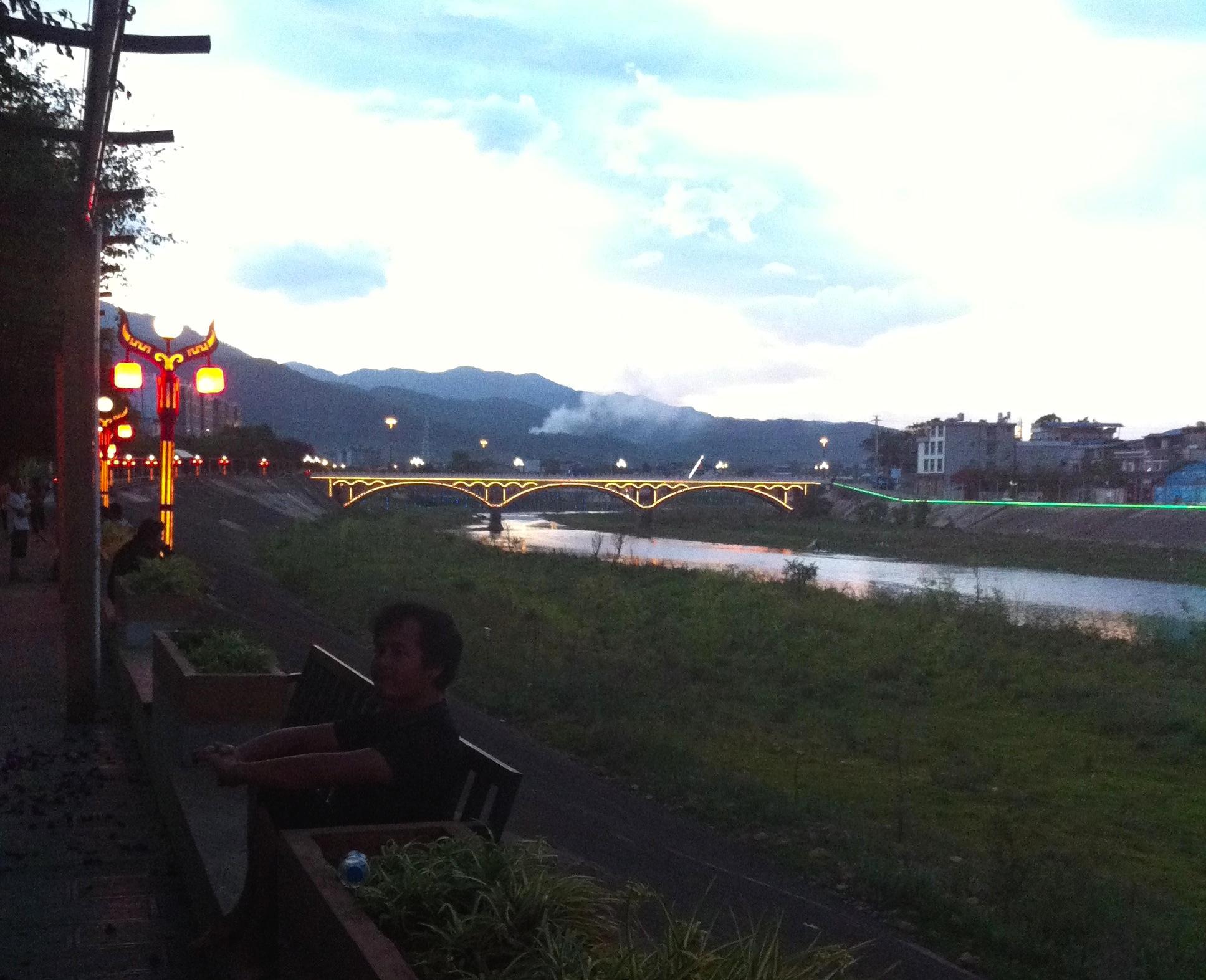 Jingdong's riverside promenade