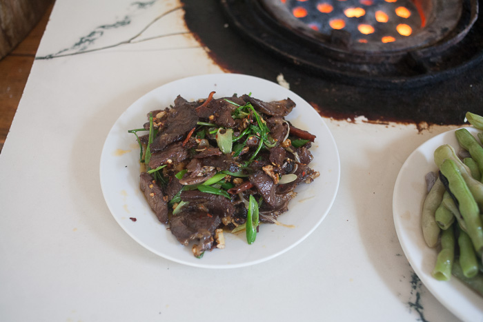 Stir-fried slices red-cooked beef with garlic, chiles, and scallions
